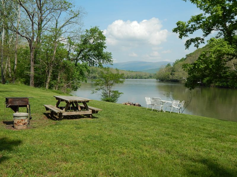 The Country Place On The Shenandoah River The Country
