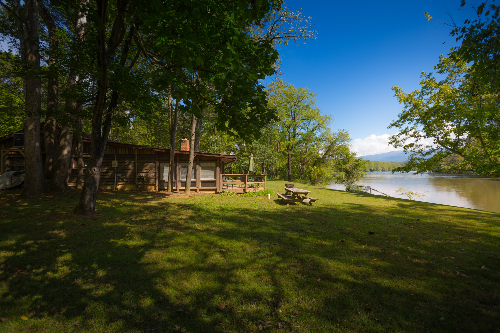 Misty River Retreat The Country Place Cabin Rentals In
