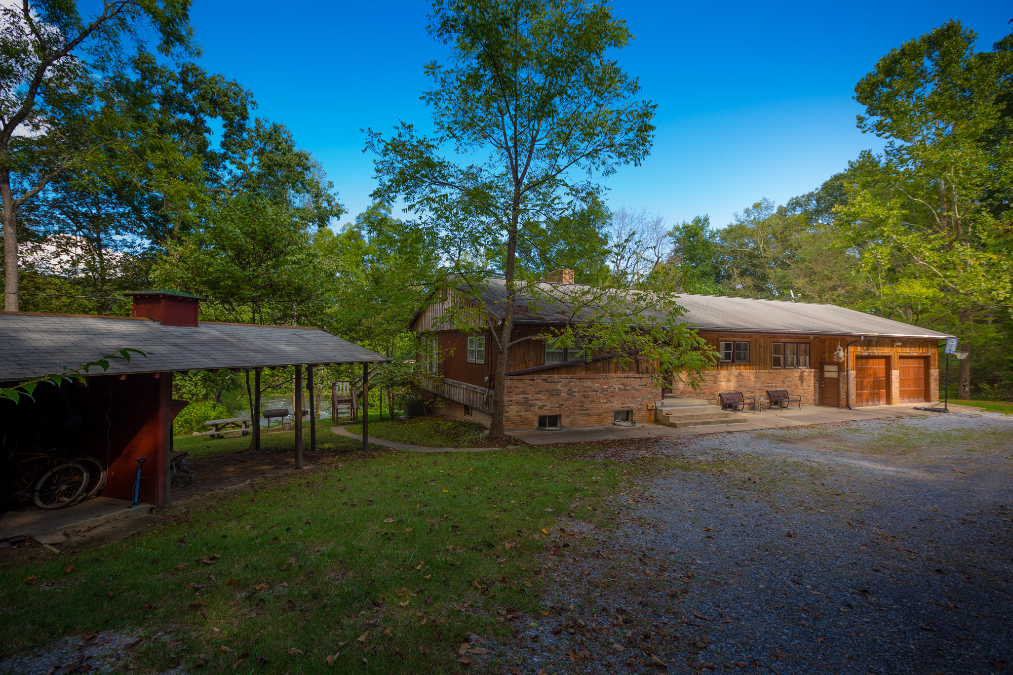W2a7896 The Country Place Lodging Camping On The
