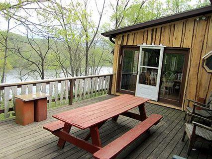 The Captainu0027s Lodge On The Rapids